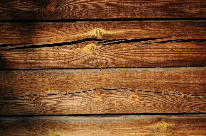 Olej na drevo aj do exteriéru